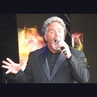 Tom Jones Tribute Act: Billy Lee