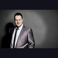 Solo Act: A Swing & Soul Man - Kevin Hill Jnr